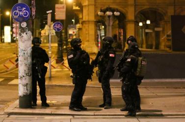 A Szlovák Titkosszolgálat is figyeli a helyzetet Bécsben a támadást követően