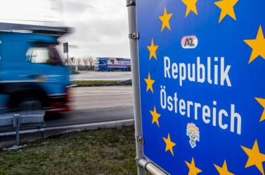 Az első szlovákiai beoltottak hamarosan gondban lehetnek az osztrák határon