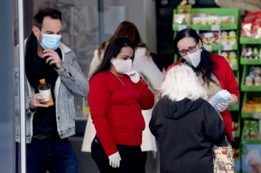 Ismét száz fölé emelkedett a napi új fertőzöttek száma Ausztriában