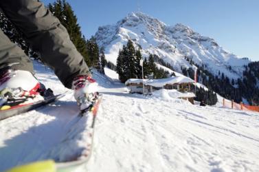 Az osztrákok nem mondanak le a sízezonról
