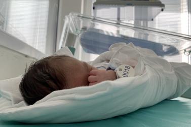 Szeretné visszakapni kisfiát az édesanya, aki a babamentő fészekben hagyta őt!