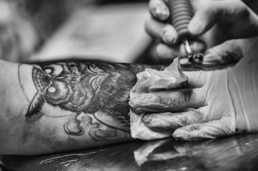 A világ legrégebbi tetoválókészletét találták meg