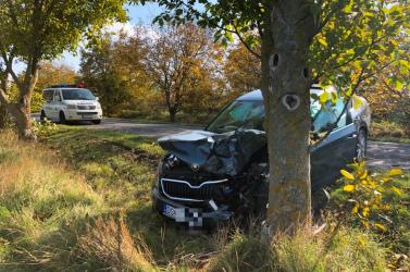 BALESET: Szinte a csodával határos, hogy a Felsőpatony és Lég közti balesetben nem sérült meg senki