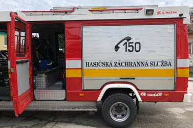 Kigyulladt az izsai szeméttelep, legalább 30 tűzoltó a helyszínen!