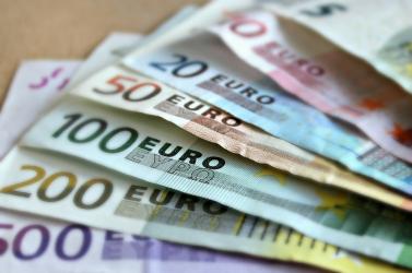 Belekukucskálhatnaaz állam bácsi a számláinkba, hogy lássa, mennyi pénzünk van -így harcolnaa pénzmosás ellen