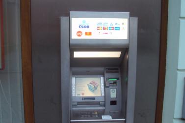 Kifosztottak egy bankautomatát – 100 ezer euróval lécelt le a tolvaj!