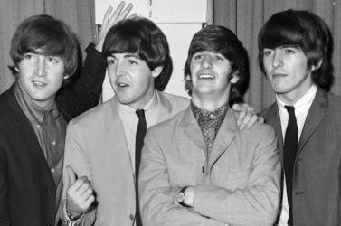 Ennyiért keltek el a Beatles első amerikai koncertjeinek fotói