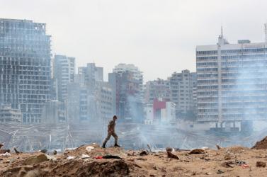 Őrizetbe vették a felrobbant bejrúti kikötő vezető tisztségviselőit