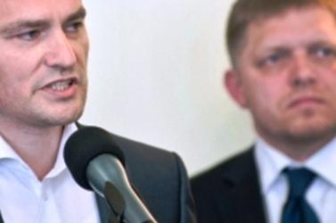 134 ezer euró: csak egy órányi hazugságvizsgálatért Ficonak!