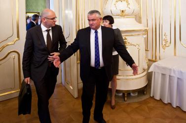 Választások: Slota és Belousovová kiüthetik egymást, a Híd és az MKP viszont bejuthat