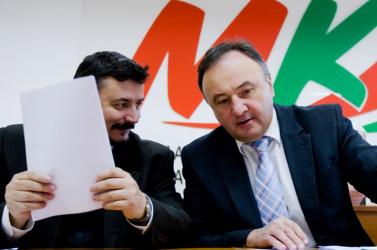 Berényi az egyetlen elnökjelölt, Csáky OT-elnök lenne, Duray pedig csak vendégeskedik