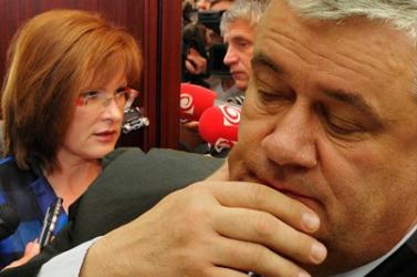 A kakas meg a tyúk viadala, avagy Slota és Belousovová egymást is osztják majd a kampányban?