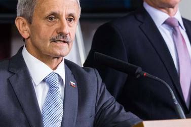 Dzurinda, Mikloš, Vášaryová és Mezenská is hiányozhat jövőre a parlamentből