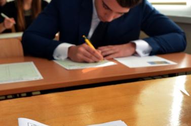 ÉRETTSÉGI: Magyarból nagyobb mértékben romlottak a magyar középiskolások eredményei, mint szlovákból!
