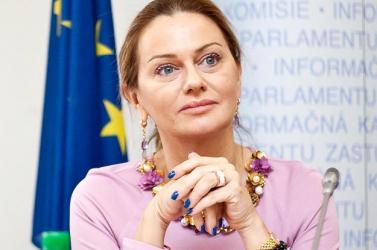 Flašíková Beňová: Az EU gyenge külpolitikája miatt is egyre több a szélsőséges