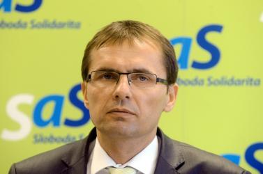 LEHALLGATÁSOK: Vád alá helyezhetik a szlovák katonai titkosszolgálat volt vezetőjét