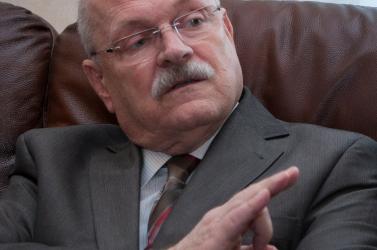 Gašparovič: Nem ülhetünk és várhatunk a segítségre!