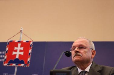 Ficoék alatt nem hivatkozott Gašparovič a jó erkölcsre, most emiatt dobta vissza a sajtótörvényt