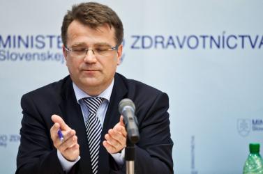 Megússza a korrupciós gyanút Ivan Uhliarik miniszter?