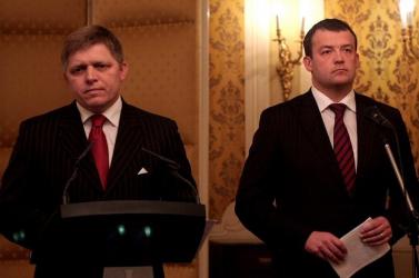 TITKOS JELENTÉS: Sikkasztottak a szlovák katonai hírszerzésnél!