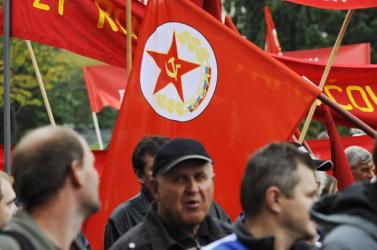 A szakszervezetek Kassán tüntettek a megszorítások ellen