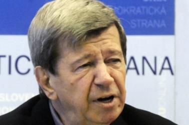 SDKÚ-DS: Eduard Kukan nem hagyja el a süllyedő hajót