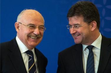Martonyi Pozsonyban udvarol a szlovák politikusoknak…