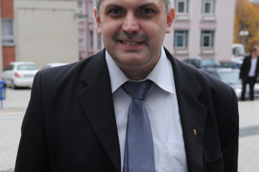 Fico egy Jozef Tiso tisztára mosására felszólító jelöltet ültetne a Nemzeti Emlékezet Intézetébe