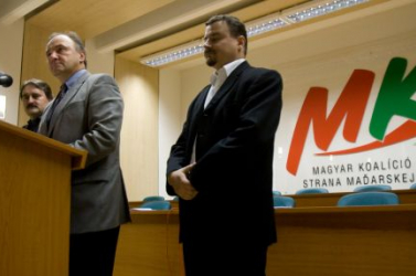 MKP a nyelvtörvényről: Semmilyen szankció nem maradhat