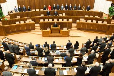 Az első félévben kilencszer ülésezett a parlament, 42 javaslatot hagytak jóvá