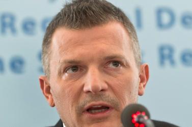A parlamentben megkezdődött a Počiatek pénzügyminisztert leváltó ülés