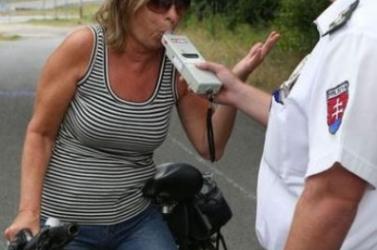 ALKOHOLTESZT: Hidd el, fogalmad sincs, milyen élelmiszertől fújhatsz akár egy ezreléket is!