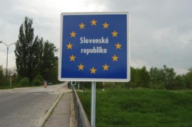Holnap lezárják a szlovák államhatárt!