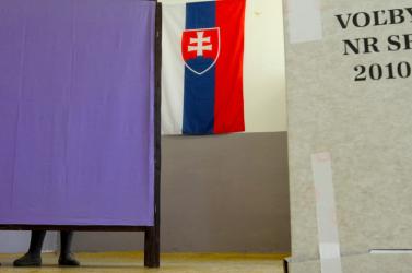 Már lehet fogadni az előrehozott választások eredményeire