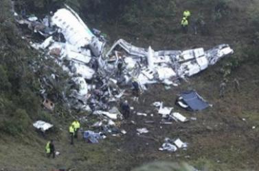 Elbúcsúztatták a Chapecoense repülőgép-szerencsétlenségben elhunyt játékosait