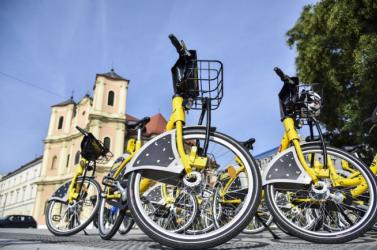 Üzembe helyezték Pozsonyban a Slovnaft kerékpármegosztó-rendszerét, a Slovnaft BAjkot