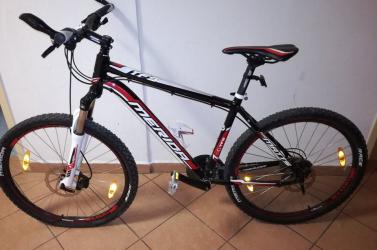 Keresi a dunaszerdahelyi rendőrség a képen látható kerékpár tulajdonosát