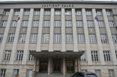 A rendőrség nem talált bombát az Igazságügyi Palota épületében