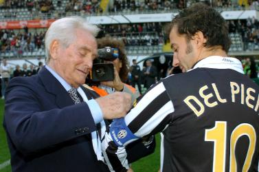 Meghalta Juventus legendája