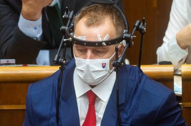 Nicholsonová lemondásra szólította fel Boris Kollárt, az SaS és a Za ľudí képviselői is közvetve bírálták