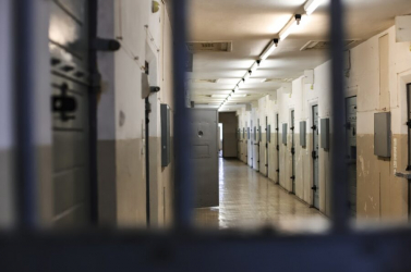 Pert nyert az olasz maffiózó: hallgathat zenét a cellájában