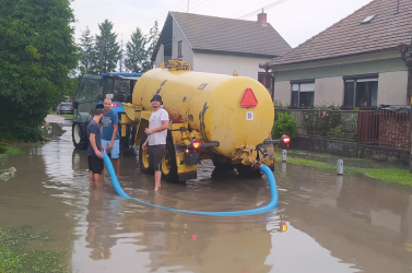 A vihar nem kímélt senkit, eszméletlen mennyiségű víz zúdult le a Csallóközben (FOTÓK)