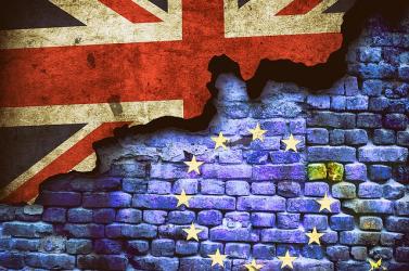 Már három nap sincs az EU-állampolgárok letelepedési kérvényeinek benyújtási határidejéig