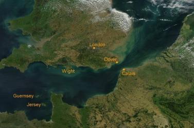 Kilenc menekültet mentettek ki a La Manche csatornában