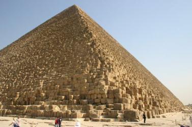 Ismeretlen üregre bukkantak a Kheopsz-piramisban
