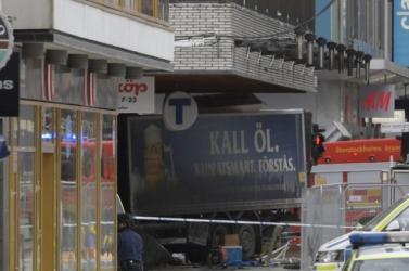 Stockholmi gázolás - Ötre emelkedett a halálos áldozatok száma