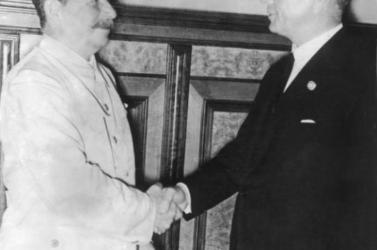 Először tették hozzáférhetővé a Molotov-Ribbentrop-paktum eredeti szovjet példányát
