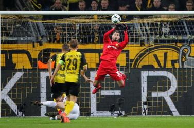A Dortmund kapusára pályázik a Chelsea