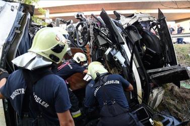 Eddig úgy tűnik, nincs szlovákiai sérültje amagyarországi buszbalesetnek