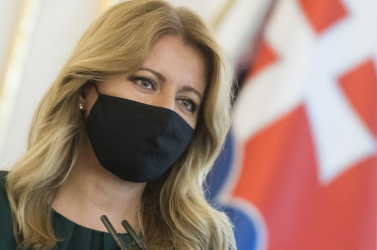 Čaputovánincs oda azért, hogy befutott az engedély nélküli orosz vakcina